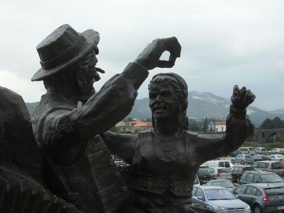 Monumento Feiras Novas