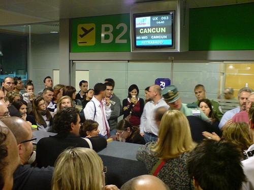 Protestos no aeroporto de Barajas devido ao atraso na partida