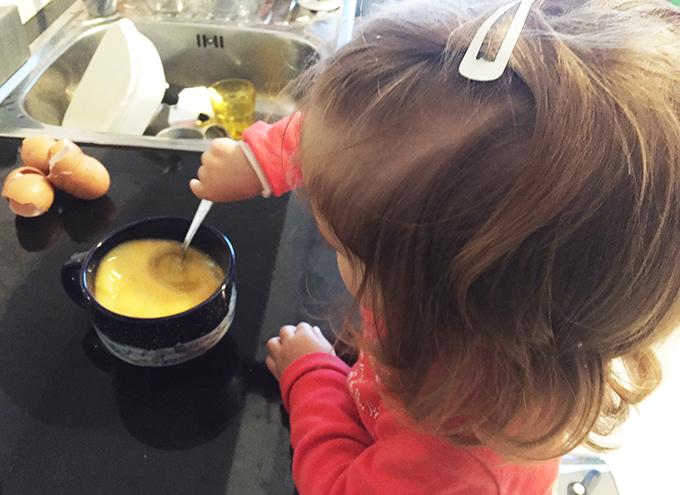 Lara a cozinhar 3